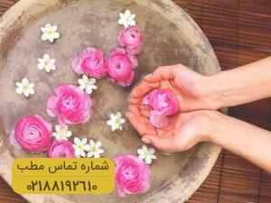 بهبود خشکی پوست با گلاب